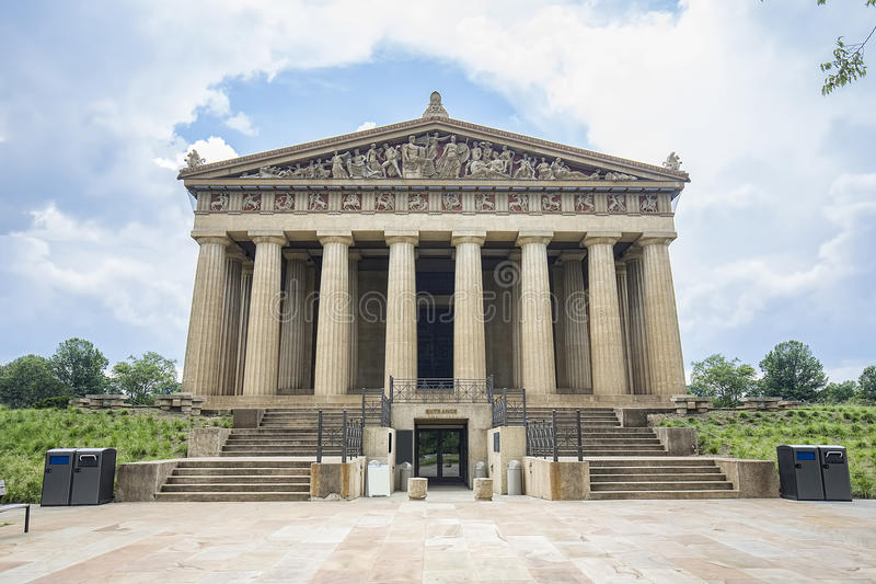 Entrata della replica del Partenone, Nashville immagini stock