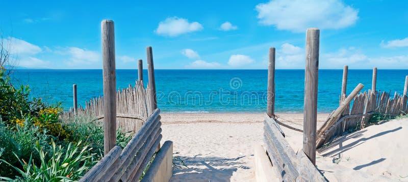 Entrata della spiaggia fotografie stock libere da diritti