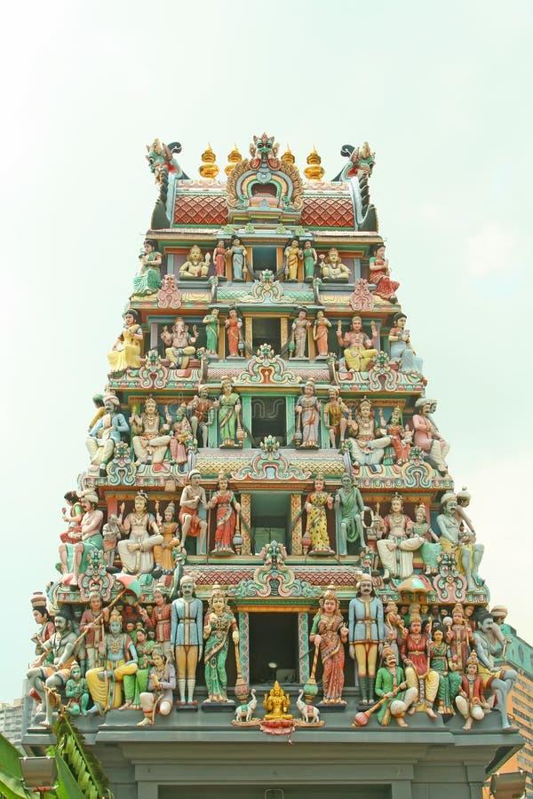Entrata indiana del tempiale con i dei indù fotografie stock libere da diritti