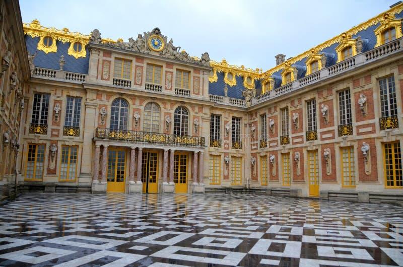 Entrata principale del palazzo di Versailles immagini stock