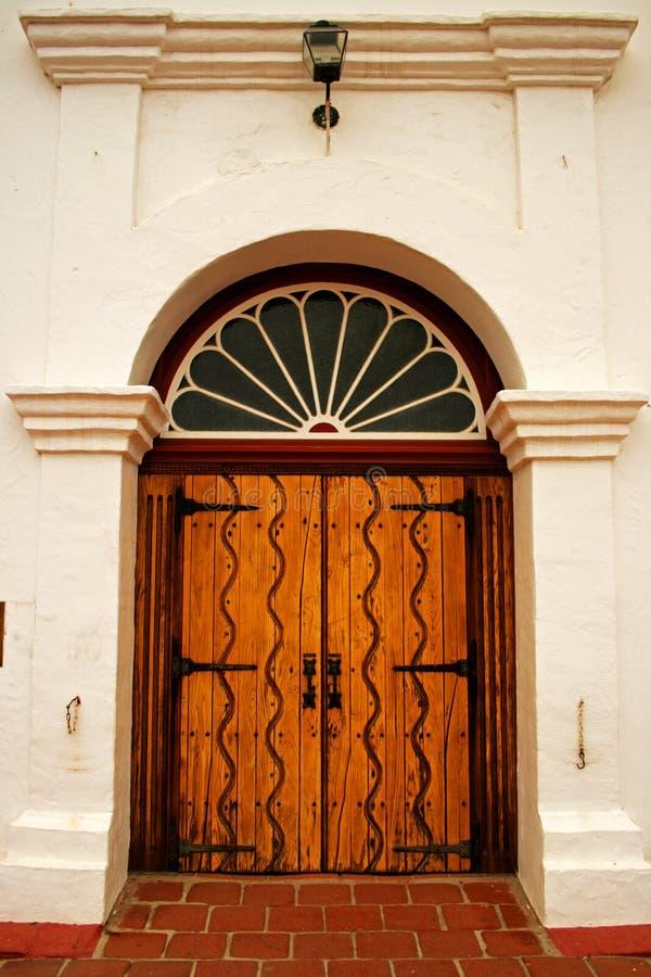 Entrata principale della missione San Luis Rey immagine stock