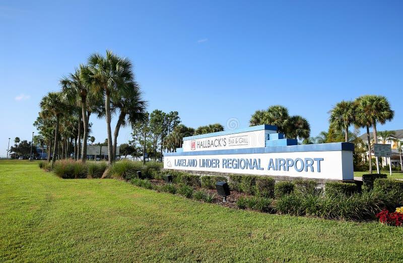 Entrata regionale dell'aeroporto della Regione dei laghi Linder fotografia stock