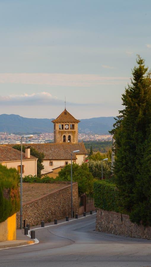 Entrata Sant Genis Church del villaggio di Ametlla della La immagini stock libere da diritti