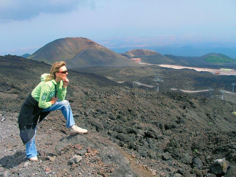 Entre as crateras de Etna fotografia de stock