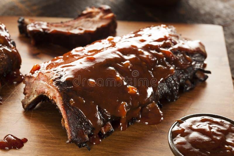 Entrecostos de porco fumado da carne de porco do assado fotografia de stock