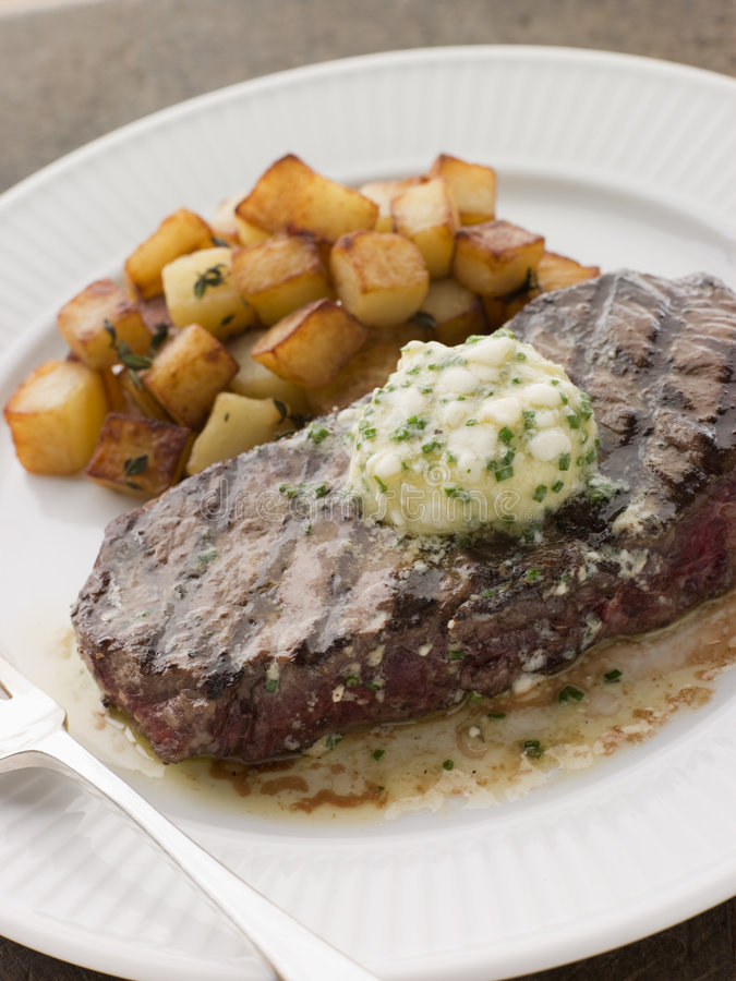 Free Entrecote De Beouf  With Roquefort Butter Royalty Free Stock Photography - 5620917