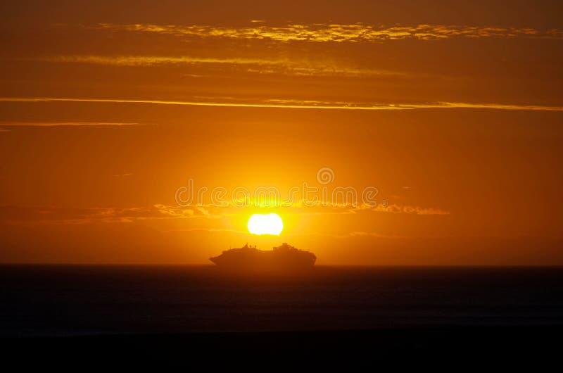 Entrega de la puesta del sol fotos de archivo