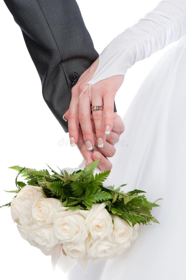 Entrelacement des mains - pour aimer l'entrelacement photo libre de droits