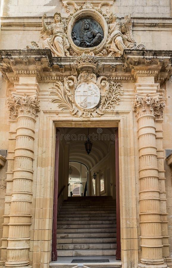 Entrence de Auberge de Castille Valletta, Malta fotografía de archivo libre de regalías