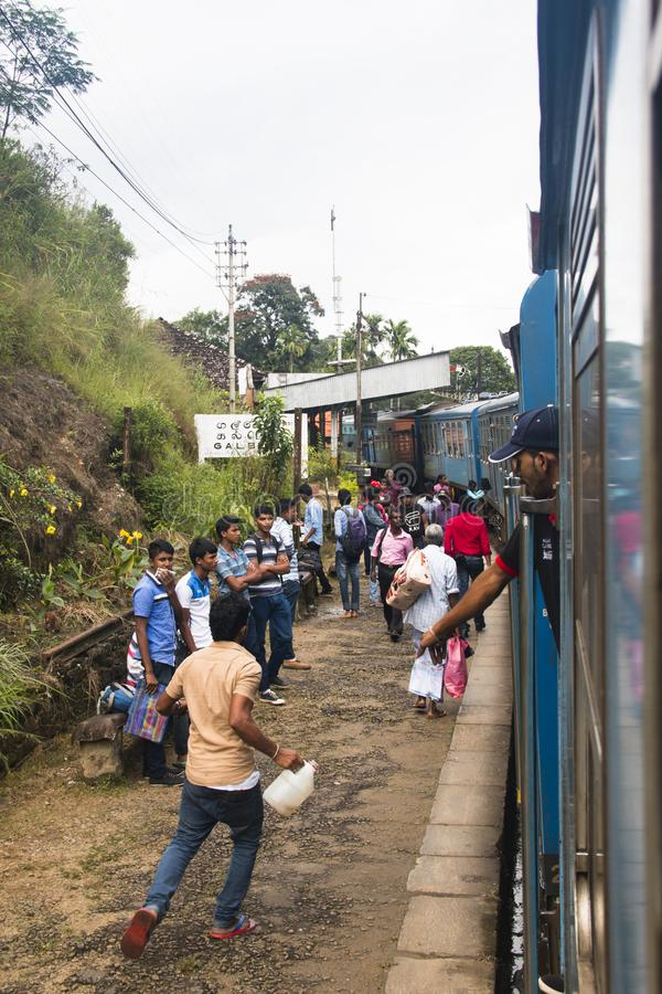 Entrene al paseo de Kandy a Ella en Sri Lanka imagen de archivo