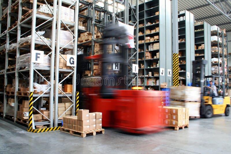Entrepôt occupé image stock