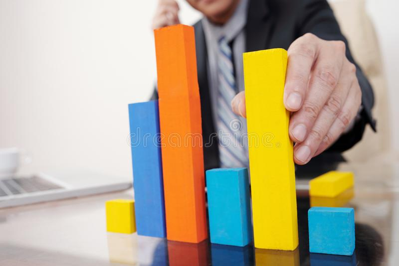 Entrepreneur building bar diagram stock images