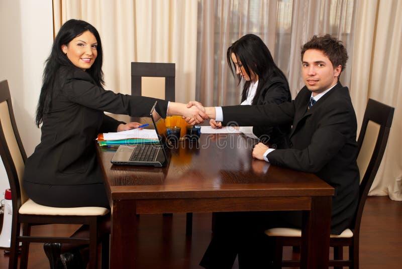 Entrevue d'emploi réussie photo stock