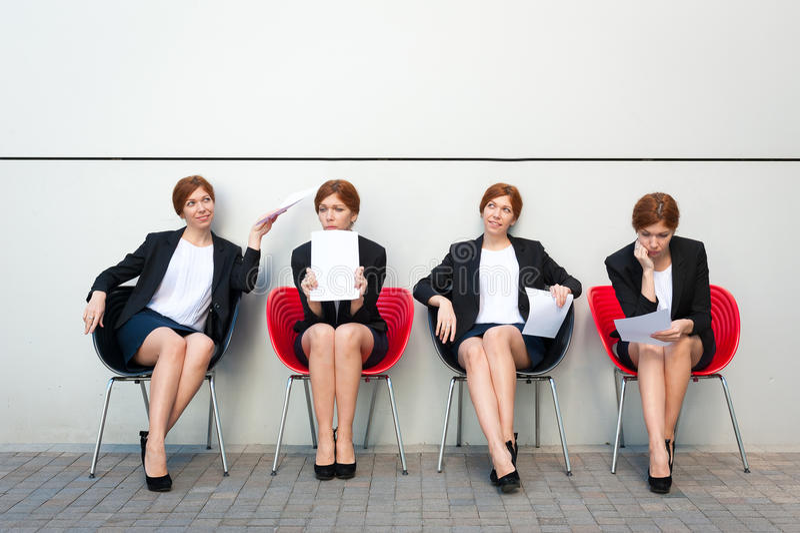 Entrevue de attente de femme d'affaires image libre de droits