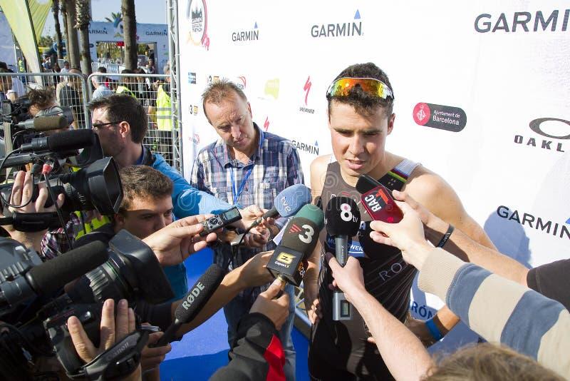 Entrevue de triathlon Barcelone - de Javier Gomez Noya photos libres de droits