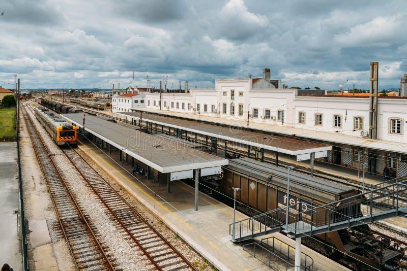 Entroncamento järnvägföreningspunkt i det Santarem området av Portugal Entroncamento betyder formligen föreningspunkten in royaltyfri foto