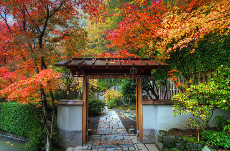 Download Entryway In Japanese Garden Stock Image - Image of portland, japanese: 11833649