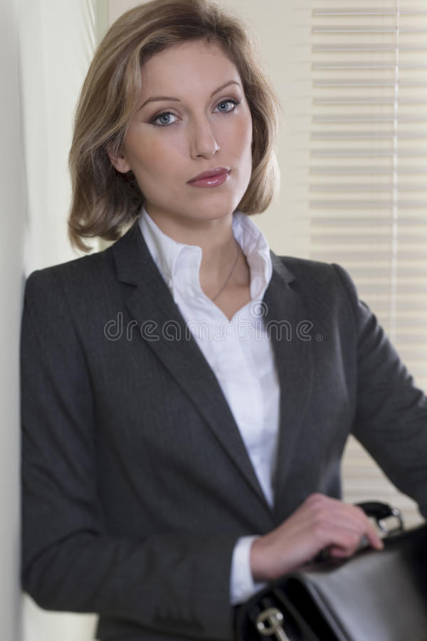 Entschlossen/motivierte Geschäftsfrau stockbilder