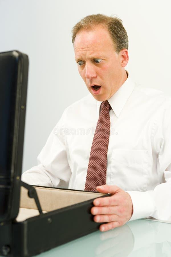 Entsetzter Geschäftsmann lizenzfreie stockfotos