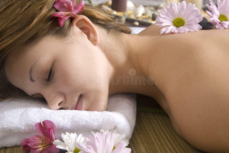 Entspannung am Badekurort stockbilder