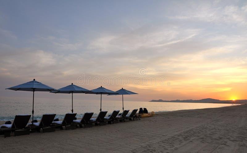 Entspannung am Sonnenuntergang stockbilder
