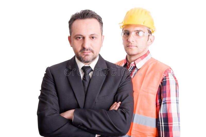 Entsprochener Auftragnehmer und Berufserbauer stockfoto