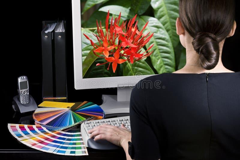 Entwerfer bei der Arbeit lizenzfreies stockbild