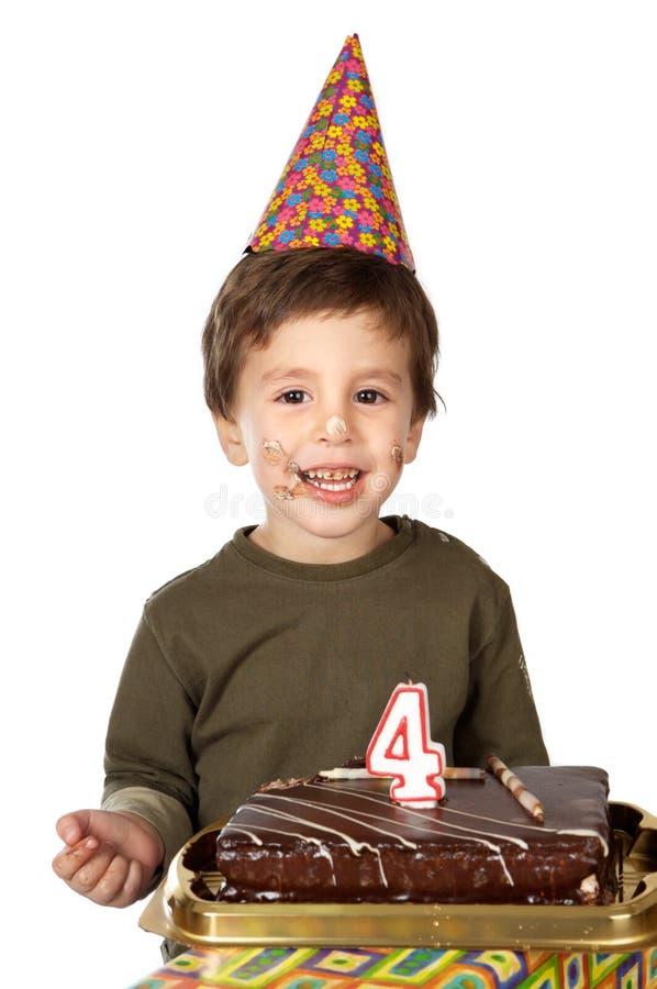 Entzückendes Kind, das seinen Geburtstag feiert lizenzfreies stockfoto