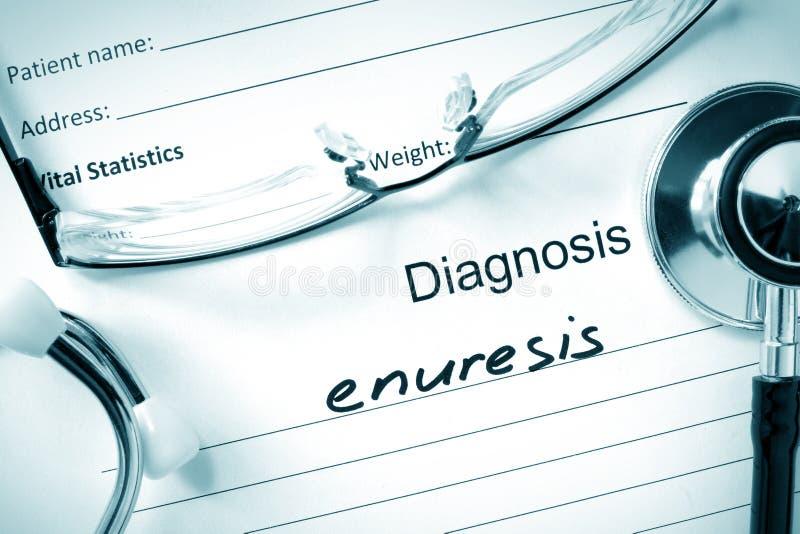 Enurese e estetoscópio do diagnóstico imagem de stock