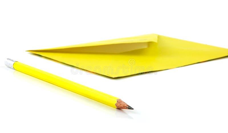 Envelop en pen stock afbeeldingen