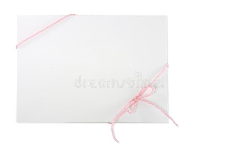 Envelope com corda cor-de-rosa foto de stock royalty free