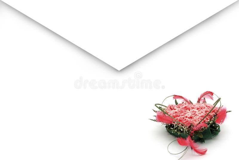 Envelope com grupo de flores imagens de stock royalty free