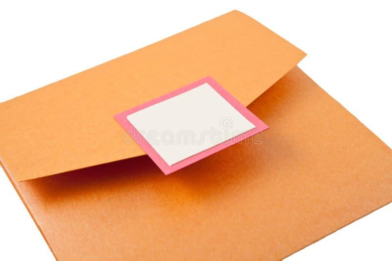 Envelope do convite do casamento com etiqueta em branco fotografia de stock royalty free