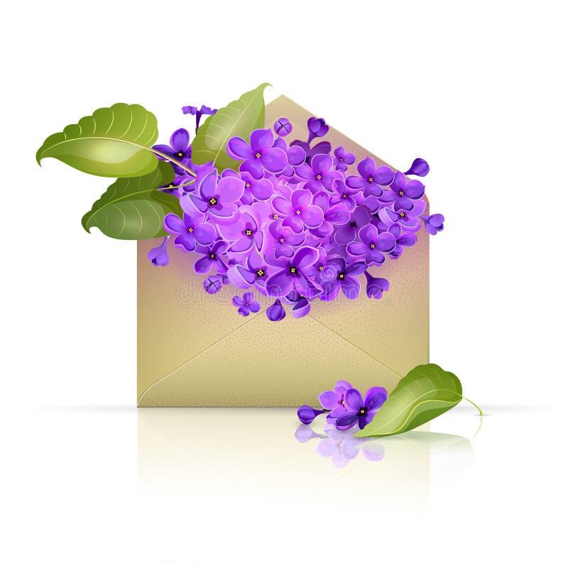 Enveloppe de papier remplie de fleurs lilas photographie stock