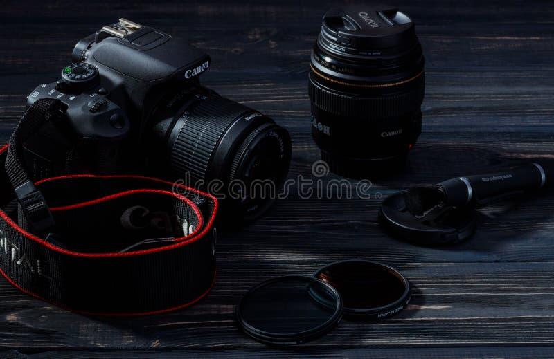 EOS 700D/câmera do rebelde T5i DSLR imagens de stock