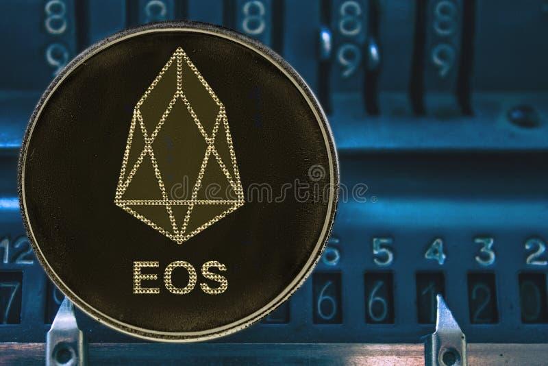 EOS simbolica di Tron di cryptocurrency contro i numeri del arithmometer illustrazione vettoriale