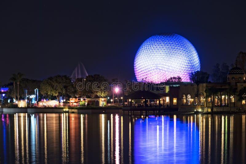 Epcot en la noche imagen de archivo libre de regalías