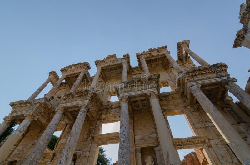 EPHESUS EFES ARCHEOLOGÄ°CAL SÄ°TE, biblioteca della Turchia- Celso immagini stock libere da diritti