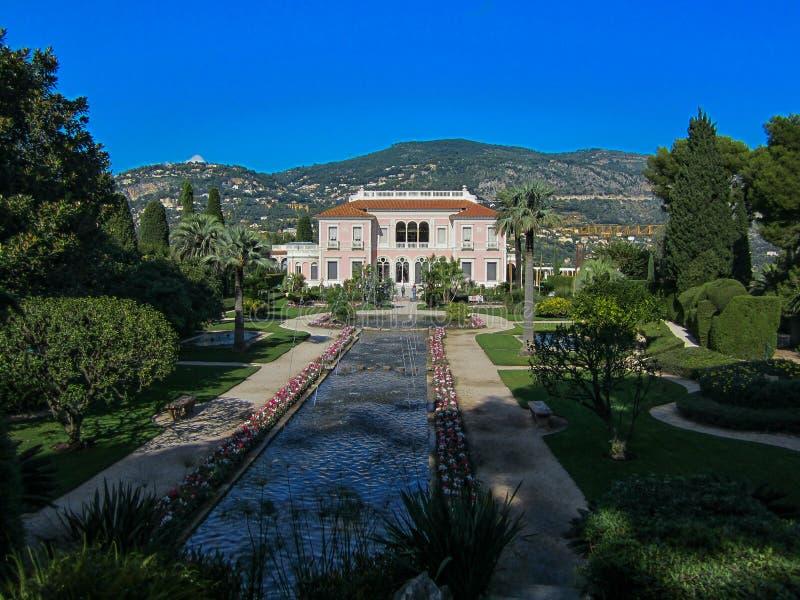 Ephrussi de Rothschild villa i söderna av Frankrike royaltyfri fotografi
