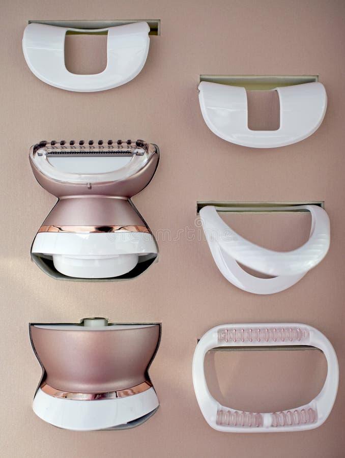 Epilator para remover o cabelo do corpo e o cabelo da cara foto de stock