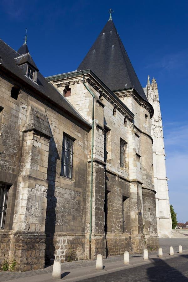 Episkopaler Palast, Beauvais lizenzfreie stockbilder