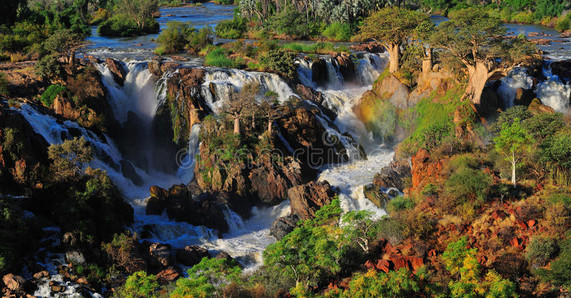 epupa纳米比亚全景瀑布 图库摄影