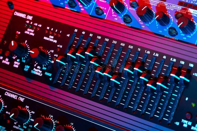 Equalizador audio ilustração do vetor