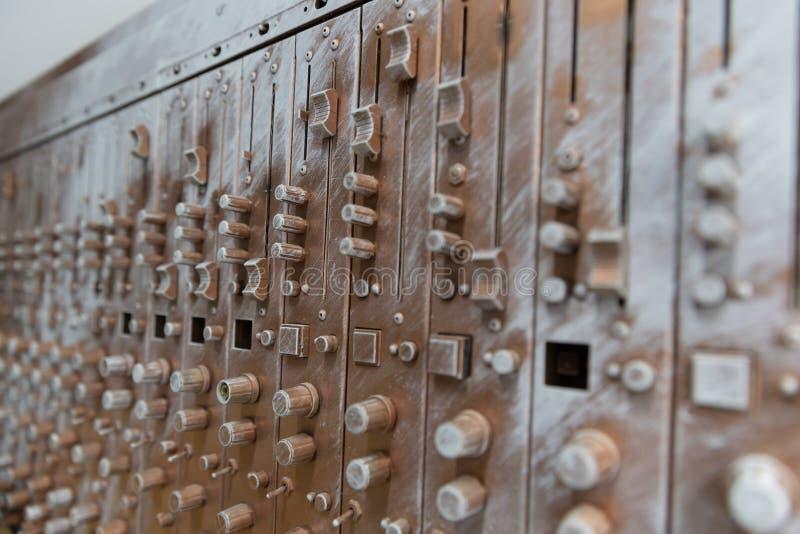Equalizador de bronce artificial de los sonidos de la avería fotos de archivo