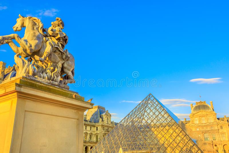 Equestrian statuy louvre obrazy royalty free