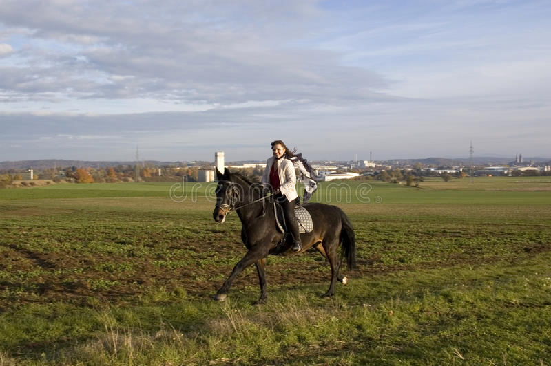 equestrienne γύροι στοκ φωτογραφία με δικαίωμα ελεύθερης χρήσης