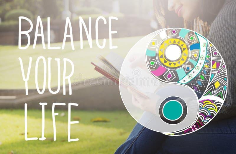 Equilibre su concepto constante de la igualdad de la vida imagenes de archivo
