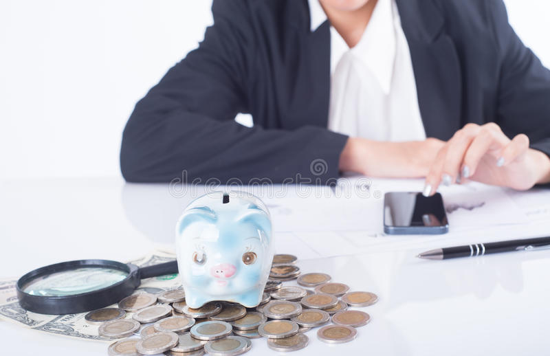 Equilibrio calcolatore del banchiere o del ragioniere finanzia l'investimento fotografie stock libere da diritti