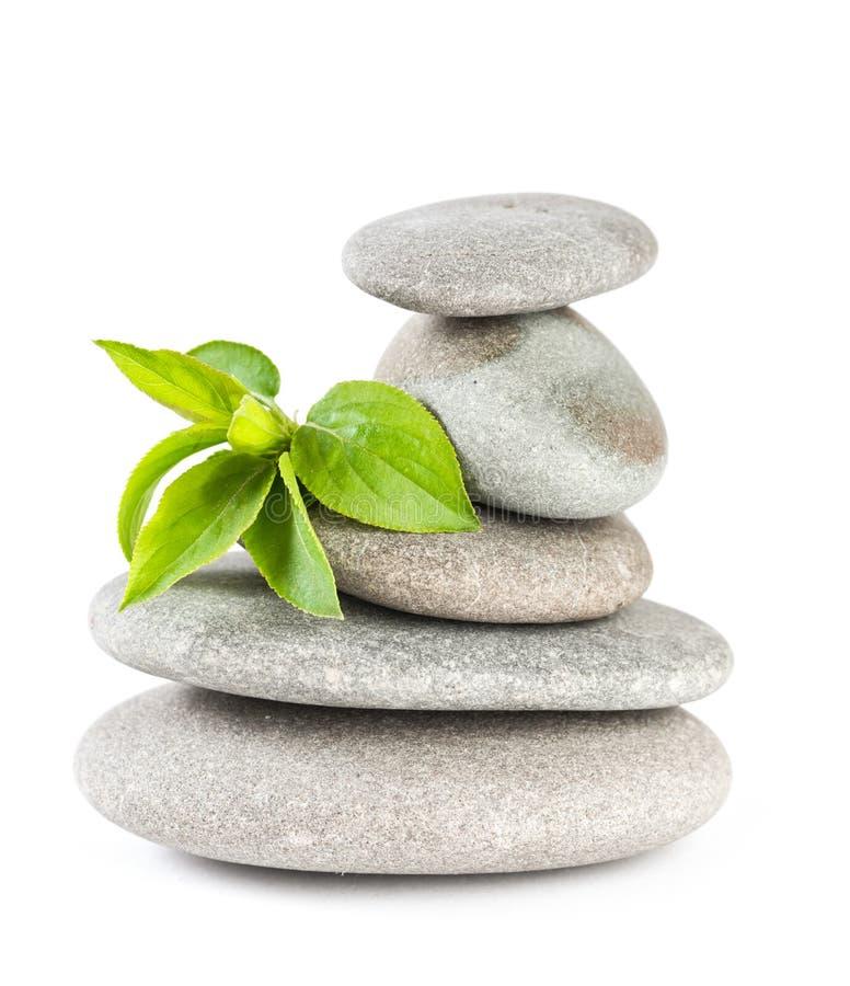 Equilibrio dei ciottoli di zen. fotografia stock libera da diritti
