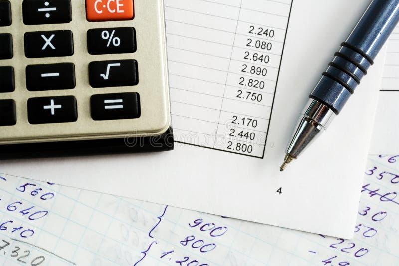 Equilibrio finanziario. immagine stock libera da diritti